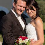Hochzeitsfoto-06, Paar sich zugewand schaut in die Kamera